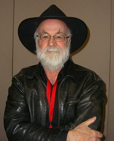 Terry Pratchett in 2012 (photo ©Luigi Novi / Wikimedia Commons)