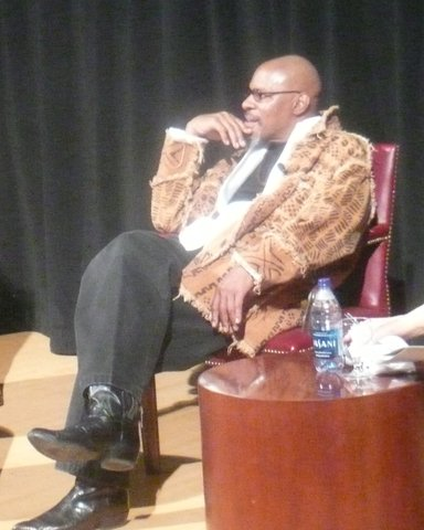 Avery Brooks at the Star Trek/Race conference in Philadelphia in 2009