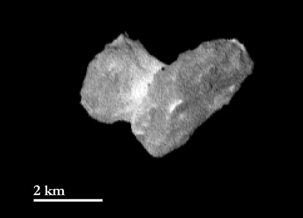 Picture of the nucleus of the comet 67P/Churyumov-Gerasimenko taken by the Rosetta space probe (Image ESA/Rosetta/MPS for OSIRIS Team MPS/UPD/LAM/IAA/SSO/INTA/UPM/DASP/IDA)