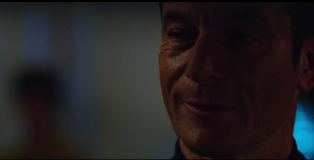 Captain Gabriel Lorca (Jason Isaacs) in Context Is for Kings (Image courtesy CBS / Netflix)