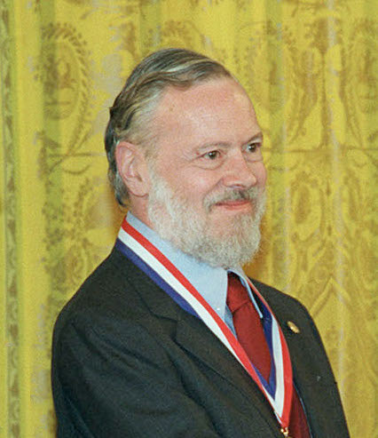 Dennis Ritchie receiving the National Medal of Technology