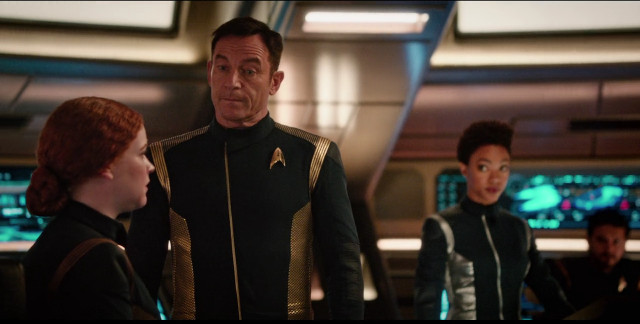 Sylvia Tilly (Mary Wiseman) , Gabriel Lorca (Jason Isaacs) and Michael Burnham (Sonequa Martin-Green) in Despite Yourself (Image courtesy CBS / Netflix)