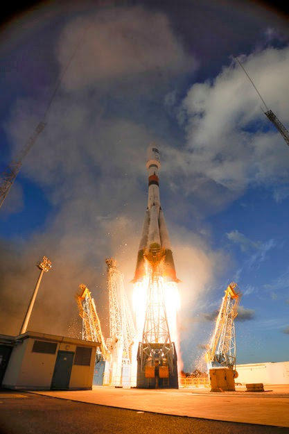 The Sentinel-1A satellite on the Soyuz rocket right after liftoff (Photo ESA–S. Corvaja)