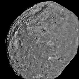 The asteroid Vesta (photo NASA/JPL-Caltech/UCLA/MPS/DLR/IDA)
