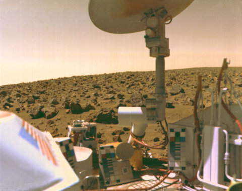 The Viking 2 on Mars at Utopia Planitia in 1976 (Image JPL/NASA)