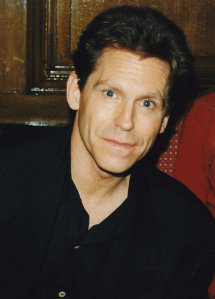 Jeff Conaway at a convention in 1998