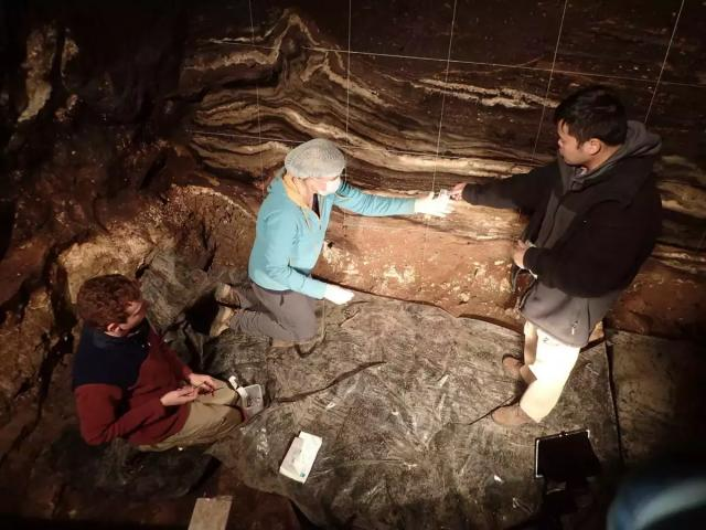Researchers Zenobia Jacobs, Bo Li and Kieran O'Gorman during sample collection (Photo courtesy Dr. Richard G. Roberts. All rights reserved)
