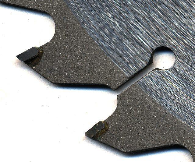Circular saw blade with tungsten-carbide inserts (Photo Basilicofresco)