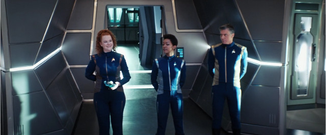 Ensign Sylvia Tilly (Mary Wiseman), Michael Burnham (Sonequa Martin-Green) and Captain Christopher Pike (Anson Mount) in Such Sweet Sorrow (Image courtesy CBS / Netflix. All rights reserved)