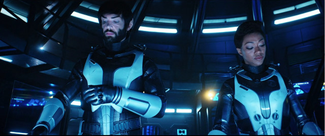 Spock (Ethan Peck) and Michael Burnham (Sonequa Martin-Green) in Through the Valley of Shadows (Image courtesy CBS / Netflix. All rights reserved)